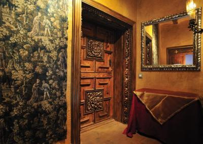 Puerta Suite Rosa Cruz